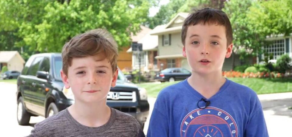 Overland Park Boys Sell Lemonade for Migrant Kids